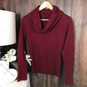 Takeout cowl neckline crop sweater